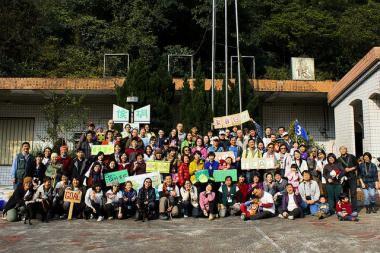 2014年3月志工快訊:環資家庭日 趣味中...