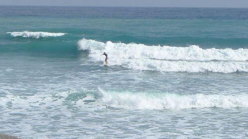 昂立浪頭看海岸 各路衝浪好手談觀光